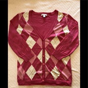 New York & Co. pink argyle sweater